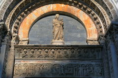 Bas-relief of the Baptistery of San Giovanni in Pisa, Italy Stock Photography