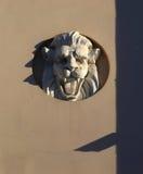 Bas-relief d'un lion image stock