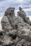 Basalt Säulen in Acitrezza Sizilien Stockfotos