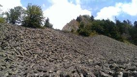 Basaltet vaggar bildande arkivbild