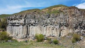 Basaltkolonner Racos Rumänien Arkivfoto