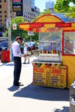 Basamento dei hot dog Fotografia Stock Libera da Diritti