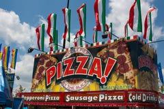 Basamento dell'alimento della pizza al carnevale Fotografia Stock Libera da Diritti