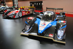 Basamento di conquista delle automobili della le Mans Immagini Stock
