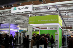 Basamento di Fraunhover all'Expo del calcolatore di CEBIT Fotografia Stock