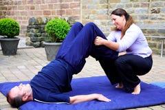 Basamento tailandese della spalla di massaggio Fotografia Stock
