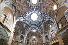 Basar av Kashan, i Iran Arkivbild