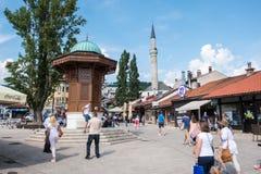 "Bascarsija †""老义卖市场在萨拉热窝 2017年7月12日的波黑 免版税库存图片"