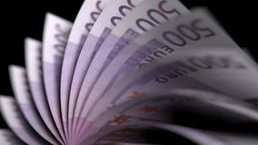Basculement de cinq cents euro notes, plan rapproché rendu 3d Images libres de droits