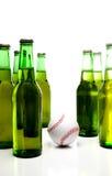 Base-ball et bière photos stock