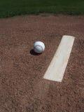 Base-ball et monticule de pichets Image libre de droits