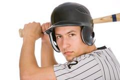 Base-ball : Joueur prêt à manier la batte pour l'équipe Photographie stock