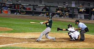 Base-ball : Oscillation de cogneur de ligue principale Photos libres de droits
