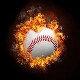 Base-ball sur l'incendie photos stock