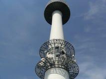 base blåa mobila telekommunikationar för telefonskystation tower Arkivfoton