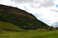 Base de Arthur& x27; s Seat en Escocia Imagen de archivo