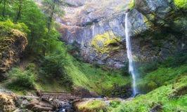 A base de Elowah cai no desfiladeiro do Rio Columbia Imagem de Stock