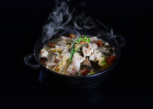 Base de sopa do estilo chinês de HotPot do chinês Fotografia de Stock Royalty Free
