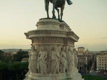 Base della statua di Victor Emmanuel Fotografia Stock Libera da Diritti