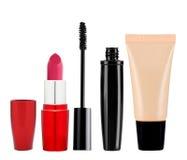 Base, mascara, rouge à lèvres d'isolement sur le fond blanc Photo libre de droits