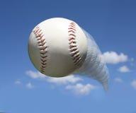 Baseball in aria fotografie stock libere da diritti