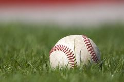 Baseball auf dem Feld Lizenzfreies Stockfoto