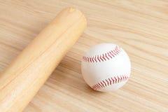 Baseball and bat Royalty Free Stock Images