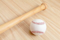 Baseball and bat Royalty Free Stock Images