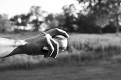 Baseball in bianco e nero fotografia stock libera da diritti