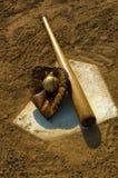 Baseball dell'annata sulla base Fotografia Stock Libera da Diritti