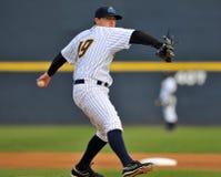 Baseball della Lega Minore - brocca Fotografie Stock