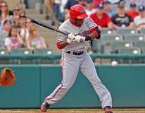 Baseball della Lega Minore - la pastella cattura un passo Fotografia Stock Libera da Diritti