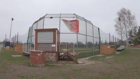Baseball-Feld bei Tempelhofer Feld, Haus von Berlin Braves In Berlin stock video