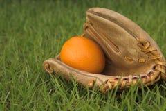 baseball glove orange Стоковые Изображения