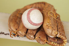 Baseball and Glove Royalty Free Stock Photography