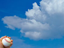 Baseball i himmel Fotografering för Bildbyråer