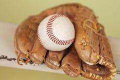 Baseball i rękawiczka fotografia royalty free