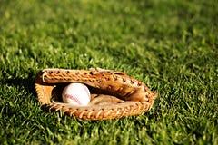Baseball 1 i rękawiczka Zdjęcie Royalty Free