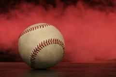 baseball mgła. Zdjęcia Royalty Free