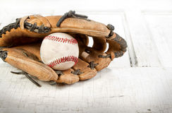 Baseball and mitt Royalty Free Stock Images