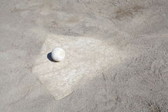 Baseball na miotacza kopu Fotografia Royalty Free