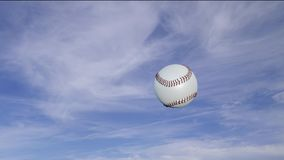 Baseball nella rotazione che passa destra alla sinistra al rallentatore illustrazione vettoriale