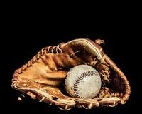 Baseball piłka i rękawiczka fotografia stock