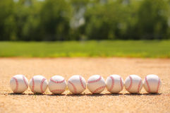 baseball Piłki na polu Zdjęcia Stock