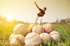 Baseball players to practice pitching outside Royalty Free Stock Photos