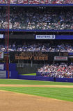 Baseball-Stadion mit Fans Lizenzfreies Stockbild