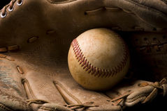 Baseball und Handschuh Lizenzfreies Stockbild