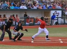 Baseballa uderzający Zdjęcia Royalty Free