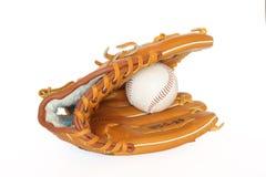 Baseballfangfederblechhandschuh mit bal Stockbild