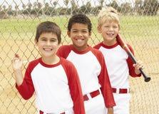 baseballpojkar team barn Arkivfoto